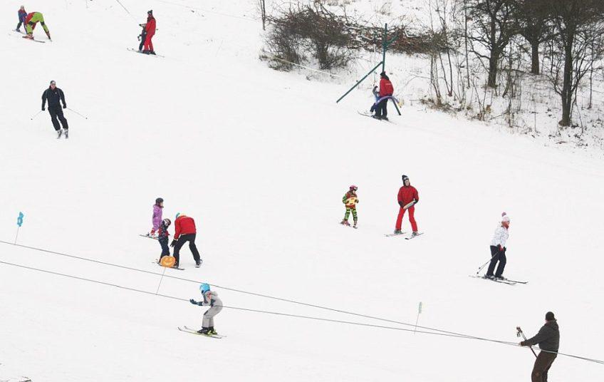 Šibeniční vrch 453 m n.p.m. – sportowy areal, restauracja, hotel, camping
